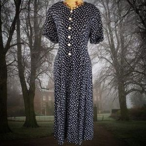 Timeless vintage blue floral dress.